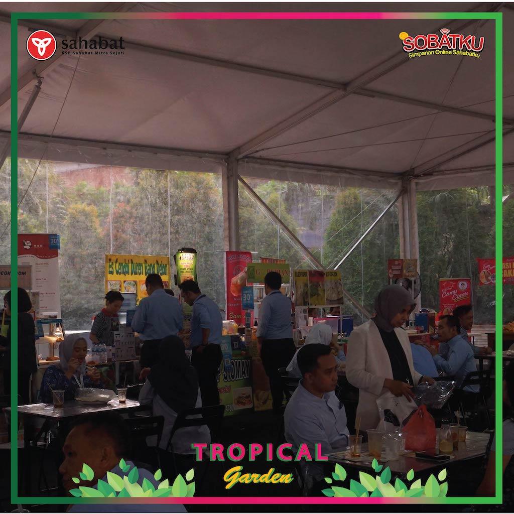 Bazaar Sampoerna – Tropical Garden